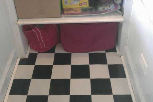 the new checkered pantry floor.