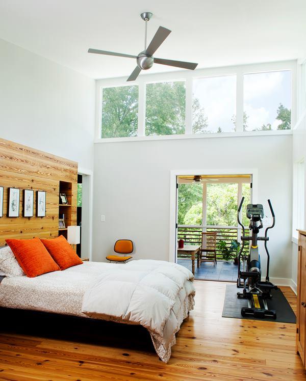 newcomer_bedroom